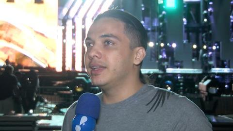 Wesley Safad�o explica promessa que o fez deixar os cabelos grandes