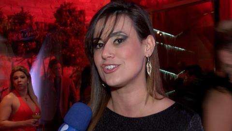 Ex-BBB Ang�lica Morango fala sobre o casamento com comiss�ria de bordo
