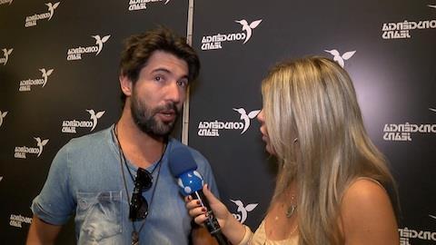 Sandro Pedroso confirma que quer se casar com J�ssica, filha de Leonardo