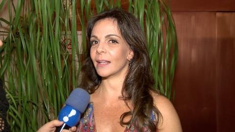 Sula Miranda confessa preocupa��o com Thammy ap�s retirada dos seios