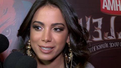 Anitta evita falar sobre namoro e alfineta: 'quem falou isso?'