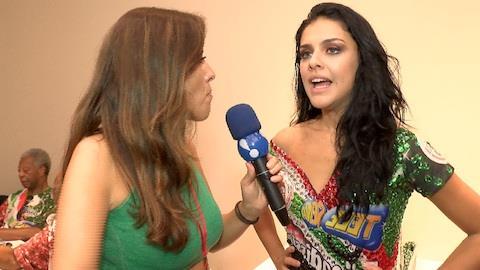 Paloma Bernardi comenta poss�vel perda do posto de rainha para Alfradique