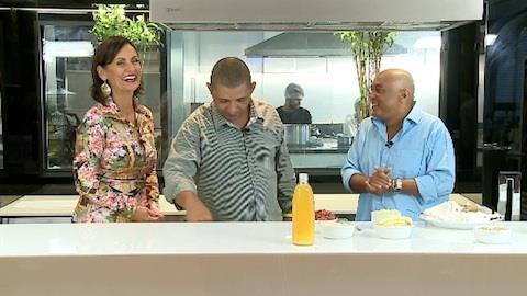 Faa Morana cozinha com dupla Caju e Castanha