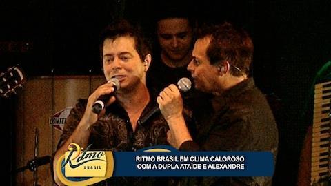 Ata�de & Alexandre cantam grandes sucessos
