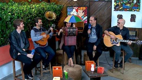 Biquini Cavad�o toca os maiores sucessos da banda