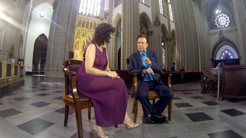 'Procurei manter a emo��o sob controle', diz Rayol sobre show em igreja