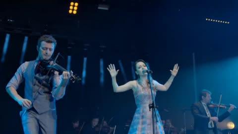 Lucas Lima afirma ter orgulho de cantar ao lado de sua esposa Sandy