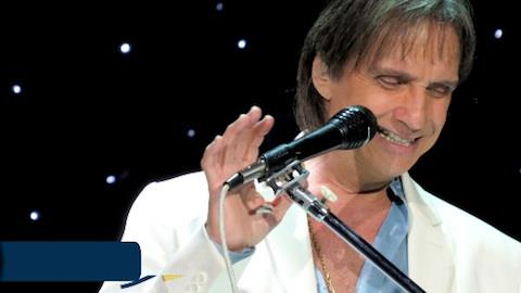 Wesley Safad�o sonha em cantar com Roberto Carlos