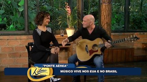 Cantor Eric Silver se diz ser mais brasileiro do que americano