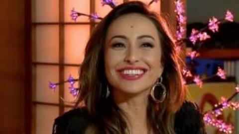 Sabrina Sato revela para Luciana Gimenez que irá retirar pinta da testa    RedeTV! Em rede com você. b32c968d66