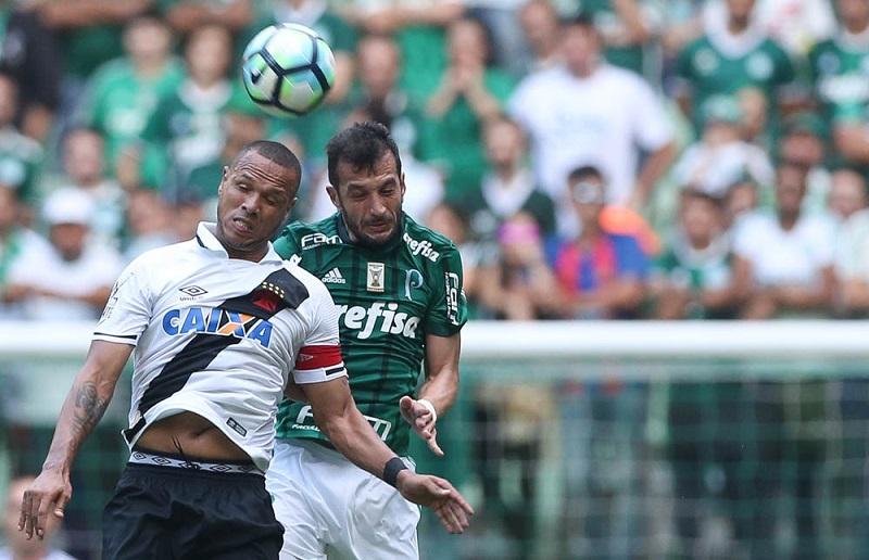 Luis Fabiano não impediu goleada sofrida pelo Vasco