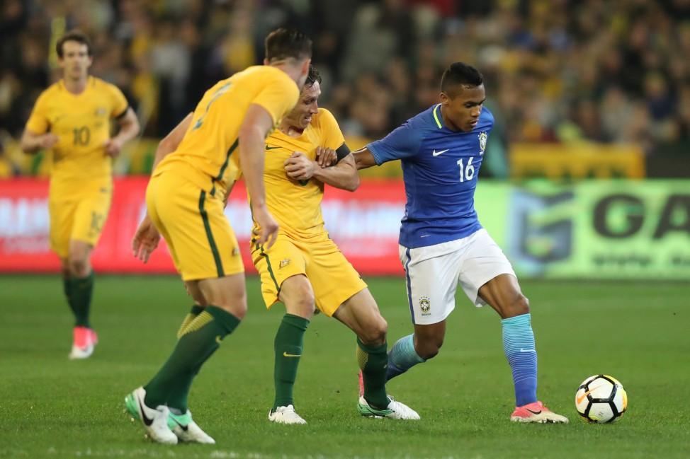 Tite convoca Alex Sandro e Jemerson para jogo contra a Colômbia
