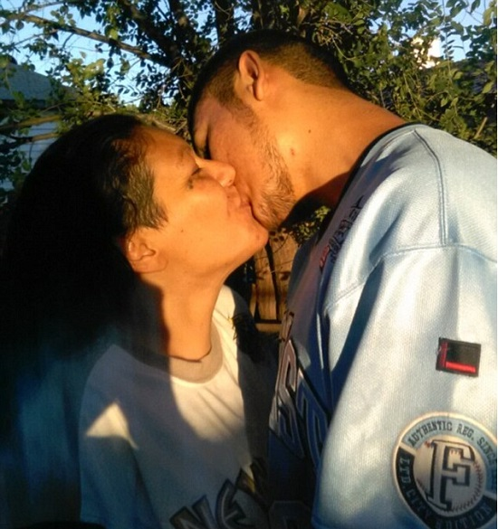 Mãe e filho se apaixonam e lutam na Justiça para manter relacionamento Portal Ajduks Noticias