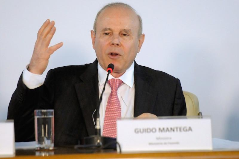 Mantega reconhece que omitiu conta na Suíça e assina acordo com MPF