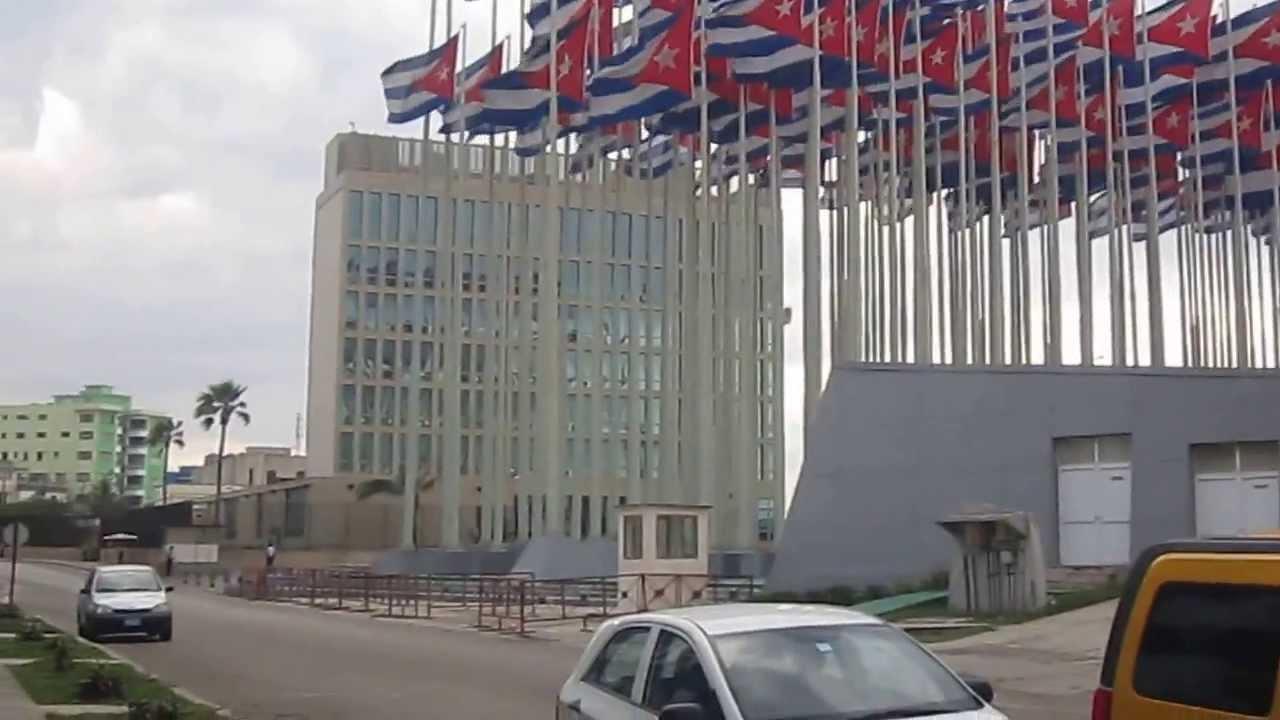 Estados Unidos ordenam saída de famílias de diplomatas de Cuba