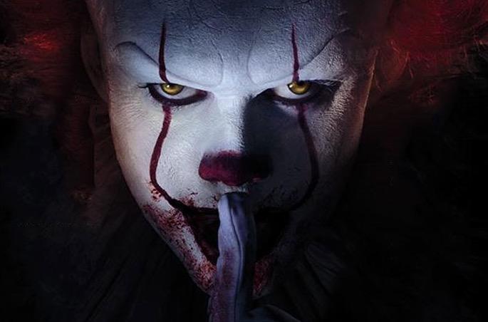 """Wallpaper It Clown Bill Skarsgard Horror 2017 Hd: Bill Skarsgård Assusta Com Careta Do Palhaço De """"It: A"""