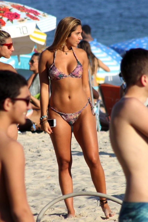 Nicole bahls brazilian feet - 1 part 4