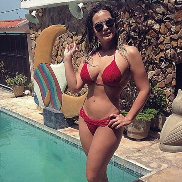 Morena calcinha marca no rabao big ass brunette delicious 21 - 4 2