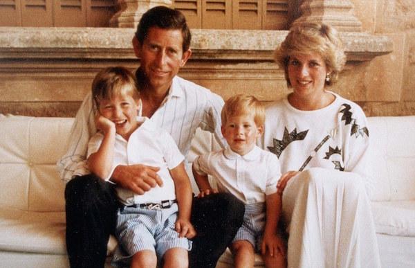 Príncipe Harry conta ter vivido 'caos total' após morte da princesa Diana