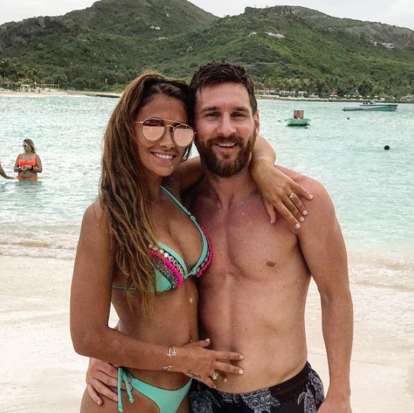 Lionel Messi doa sobras de comidas e bebidas de seu casamento
