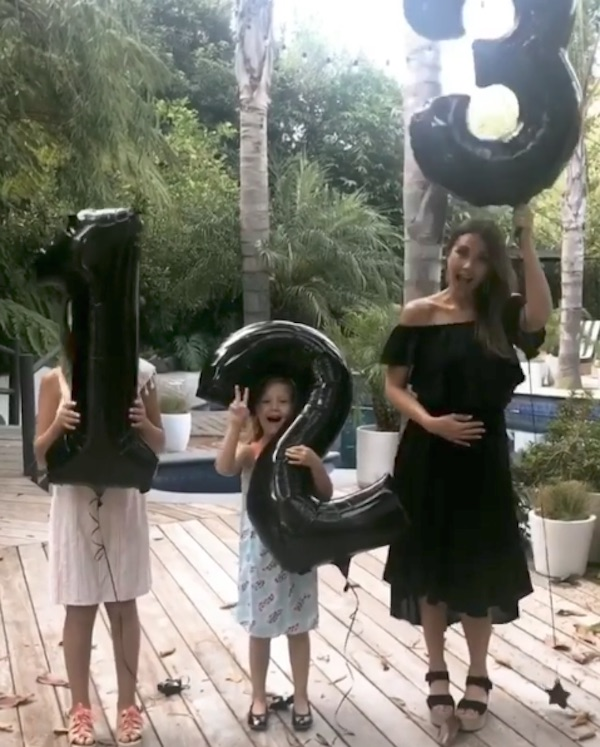 Jessica Alba anuncia que está grávida do terceiro filho