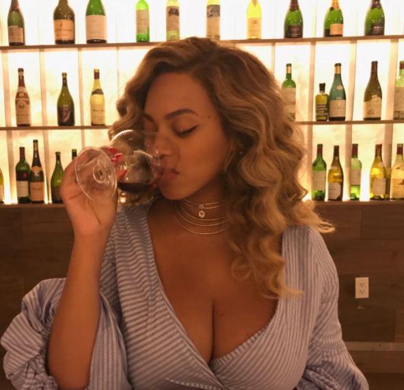 Beyoncé criticada um mês após ser mãe