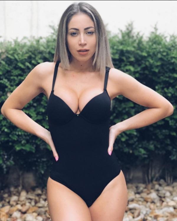 Carol Narizinho naked 482