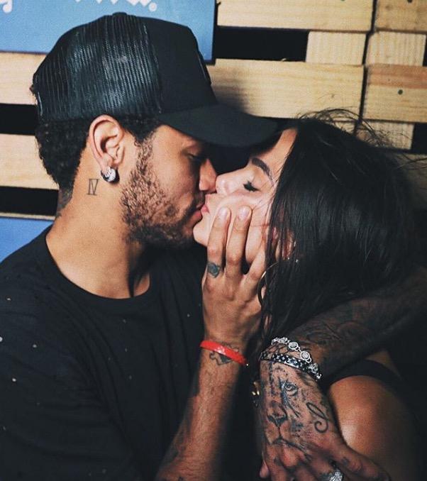 Neymar e Bruna Marquezine reatam namoro