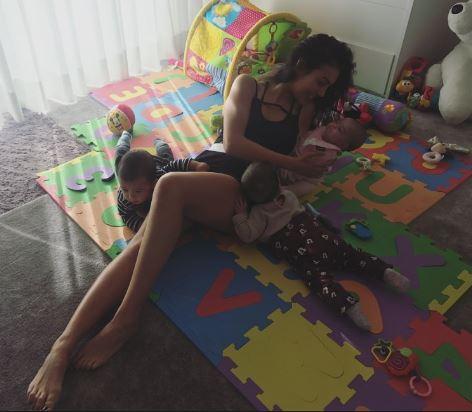 Ronaldo mostra praias portuguesas a Georgina