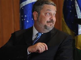Lula recebeu propina em dinheiro vivo da Odebrecht