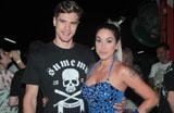 Carnaval 2014: Dani Bolina aparece com novo affair no samba