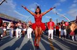 Belas se aquecem no samba para o Carnaval