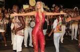 Beldades mostram samba no p� em ensaios para o Carnaval