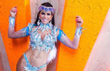 Musa da Drag�es, Dai Macedo mostra fantasia de Carnaval