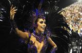 Daniela Albuquerque � destaque em seu primeiro desfile pela Grande Rio