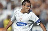 De volta ao Boca ap�s 10 anos, relembre os penteados bizarros da carreira de Tevez