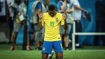 """Neymar se pronuncia após eliminação da seleção brasileira: """"Momento mais triste da minha carreira"""""""
