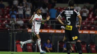 São Paulo vence Corinthians por 1 a 0 em clássico no Morumbi