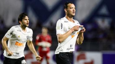 CSA e Atlético-MG empatam; Grêmio perde para o Bahia em casa