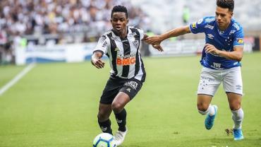 Cruzeiro e Atlético empatam sem gols no Mineirão