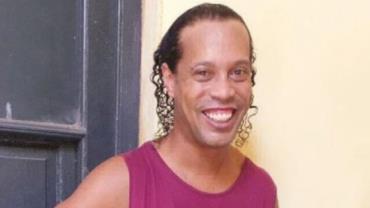 Ronaldinho Gaúcho deixará prisão, mas seguirá no Paraguai
