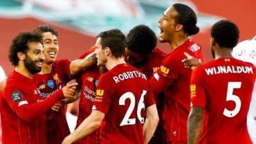 Manchester City perde para o Chelsea e Liverpool é campeão inglês após 30 anos