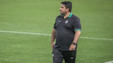 Coritiba demite técnico Eduardo Barroca após quarta derrota consecutiva
