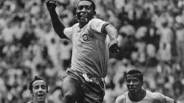 Museu do Futebol faz exposição para homenagear os 80 anos de Pelé