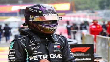 Hamilton ganha 91°GP e iguala recorde de vitórias de Schumacher