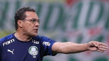 Palmeiras demite Luxemburgo após derrota para o Coritiba