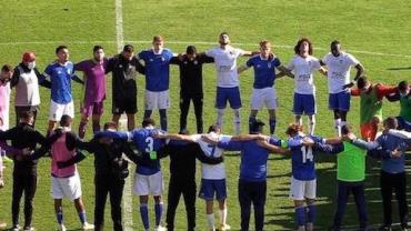 Jogador brasileiro sofre parada cardiorrespiratória em jogo em Portugal