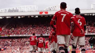 Manchester United goleia Newcastle por 4 a 1 com dois de CR7 na reestreia
