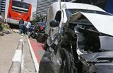 �nibus perde freio e atinge 11 carros na avenida Paulista