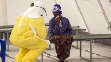 Serra Leoa comemora fim da epidemia de Ebola